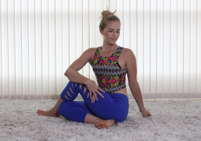 9 Easy Stretches To Release Lower Back And Hip Pain8